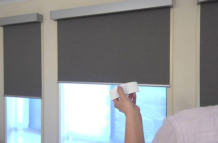 Roller Blinds Metcalfe East